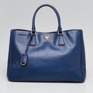 🔥 Prada Saffiano Lux Tote Bag